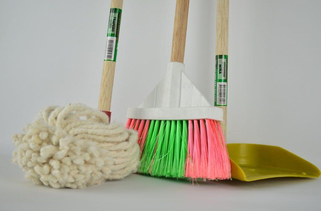 """""""De szép buli ELŐTT a takarítás…"""" – a pészah előkészületeiről"""