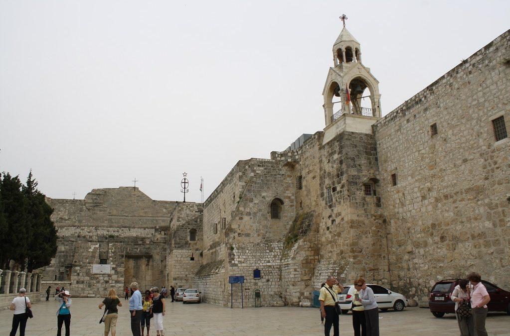 Betlehemben született